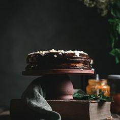 Sacherova torta tak jednoduch a predsa tak slvne zapsan v Cake, Fit, Recipes, Shape, Kuchen, Recipies, Ripped Recipes, Torte, Cookies