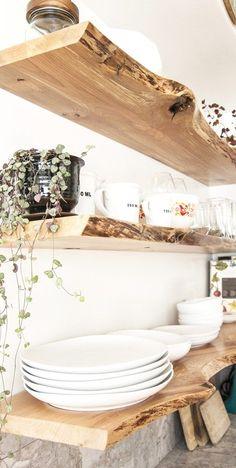 Beautiful Live Edge Kitchen Shelves Decoration Home / Interior Beautiful Living Küchen Design, Home Design, Design Case, Shelf Design, Rustic Italian, Italian Home, House Shelves, Kitchen Shelves, Bar Shelves