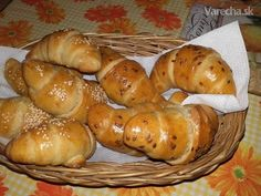 Kváskové sladké rožky (fotorecept) Pretzel Bites, Baked Potato, Ale, Food And Drink, Healthy Eating, Bread, Baking, Ethnic Recipes, Party
