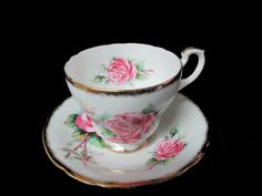 Lovely Paragon Queen Elizabeth Rose Decor Cup and by Cupsofthepast, $25.00