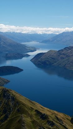 Lake Wanaka, Otago Region, New Zealand. Join us on MotoQuest´s New Zealand South Island Motorcycle Adventure. Click here to know all about it: https://www.motoquest.com/guided-motorcycle-tour.php?new-zealand-south-island-motorcycle-adventure-tours-10