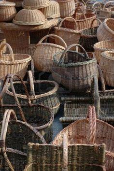 http://us.123rf.com/400wm/400/400/kokodrill/kokodrill1107/kokodrill110700019/10056062-lot-of-hand-made-wooden-wattled-basket-in-market.jpg