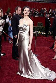 Rachel Weiss on the red carpet. Love the dress.
