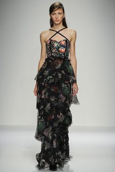 Andrew Gn Spring/Summer 2016 Ready-To-Wear Collection   British Vogue