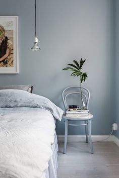 Blue Bedroom Wall – Home Bedroom Blue Bedroom Walls, Bedroom Wall Colors, Home Bedroom, Modern Bedroom, Bedroom Decor, Bedroom Ideas, Master Bedroom, Dulux Bedroom Colours, Monochrome Bedroom