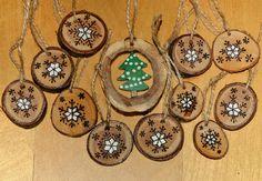 dřevěné vánoční ozdoby - stromeček a vločky
