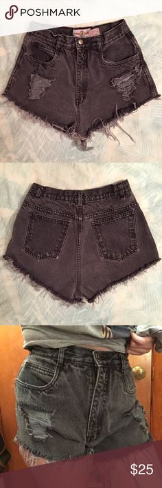 """Vintage High-Waisted Black Shorts! Vintage black high waisted distressed denim shorts! Tag says size 11/12 but they measure at a size 4-6! The measurement across the top is 26 inches but these have a 13 inch rise which hit me above my belly button! The hip measurement is 38"""" which makes these more suitable for a size 6-8 or someone with a big butt! I am an 8 and these are slightly too small in the waist! The inseam is 1.75 inches and the length from the hip is 11 inches! Perfect condition…"""