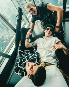 Funny day in Malaysia Ian Nelson, Brian Christopher, Memes Cnco, Latin Music, Crazy Love, Friend Pictures, Boys Who, Celebrity Crush, Pretty Boys