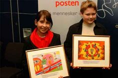 Tegningene til Maja Anna Marszalek (12) fra Sandnes og Tobias Abrahamsen (11) fra Sarpsborg blir utgitt som frimerker i 2005. (Foto: Henriette Louise Krogness/Posten)