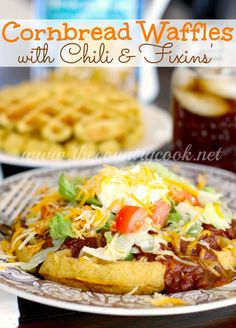 O The Country Cook: Cornbread Waffles with Chili & Fixins'. Stuck to waffle iron Mexican Food Recipes, Beef Recipes, Dinner Recipes, Cooking Recipes, Ethnic Recipes, Cooking Ideas, Easy Recipes, Food Ideas, Ideas