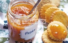 MARMELLATA DI PESCHE ALLE MANDORLE -gluten free-  1,4 Kg of ripe peaches, 2 spoons of ground almonds, 1 bag of Fruttincasa 2:1 + 500 g of sugar or 1 bag of Fruttincasa 3:1 + 350 g of sugar. Hey!  it's summer! Go and take peaches for the jam. Remember to use Fruttincasa, in order to obtain a delicious jam! #jam #peaches #ilovesanmartino