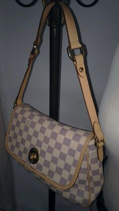 Сумки,Louis Vuitton - 5000 руб.