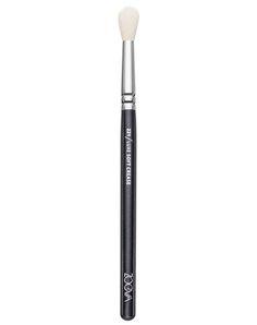 Eyeshadow Brush | 221 Luxe Soft Crease | ZOEVA