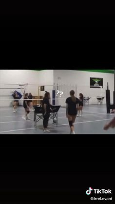 Funny Volleyball Pictures, Volleyball Jokes, Volleyball Tryouts, Volleyball Skills, Volleyball Practice, Volleyball Setter, Volleyball Training, Volleyball Videos, Girls Basketball