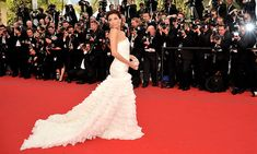 THE BALL GOWN  Pulling out all the stops, Eva looked stunning in a cream Emilio Pucci gown when she walked the red carpet at the 2010 Cannes Film Festival.