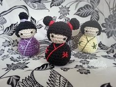 ▶ Tutorial Kokeshi Amigurumi (English subtitles) - YouTube