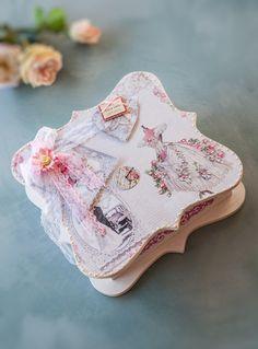 Romantic wedding box  Απο το μέλος της δημμιουργικής ομάδας των Μορφών Ελένη Γεωργίου  #μικτες τεχνικές #Mixedmedia #decoupage #Μορφές