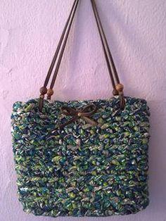 lovely people :) Hecho con amor y con nuestros materiales, por Catalina  #diy #handmade #crochet #ganchillo #knit #crochetxl #knitted #sacocharte #trapillo