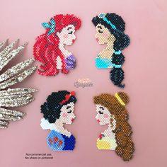 Easy Perler Bead Patterns, Diy Perler Beads, Seed Bead Patterns, Perler Bead Art, Peyote Patterns, Jewelry Patterns, Beading Patterns, Bracelet Patterns, Disney Hama Beads Pattern
