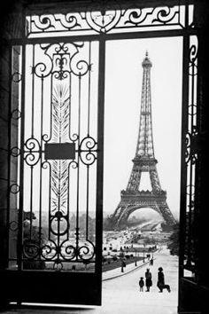 Gates, Paris