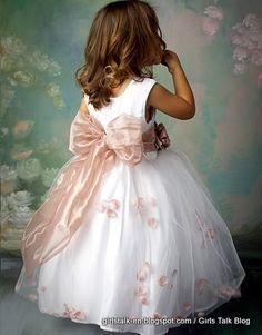 2015 Girl Short Pageant Dresses Tulle Bow Vintage Communion Kids Dress White Flower Girls Wedding Party Gown Cheap In Stock Pink Flower Girl Dresses, Tulle Flower Girl, Little Girl Dresses, Flower Belt, Baby Flower, Tulle Ball Gown, Tulle Dress, Ball Gowns, Flowergirl Dress