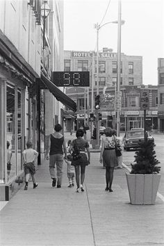 Downtown Hammond Indiana In The 1940s This Is The Town