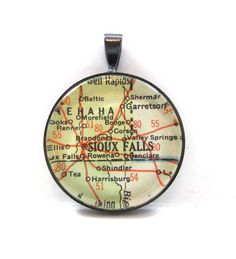 Vintage Map Pendant of Sioux Falls