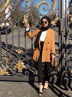 fashion hijab Hijab Chic - Mode Hiver 2019 - Hijab Fashion and Chic Sty. fashion hijab Hijab Chic – Mode Hiver 2019 – Hijab Fashion and Chic Style Hijab Fashion Summer, Modern Hijab Fashion, Street Hijab Fashion, Hijab Fashion Inspiration, Muslim Fashion, Mode Inspiration, Winter Fashion, Fashion Ideas, Fashion Trends