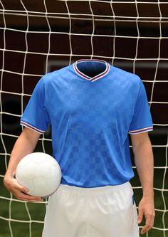 Equipe 9    Un foot sans pub, avec onze joueurs, un ballon et deux cages ?