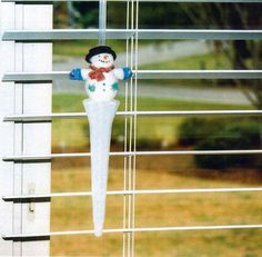 Decorating Ideas for The Venetian Twist horizontal mini blind handles.