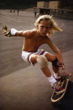 SPORTY  Preppy Geeks SkateBoard Neo Retro Style