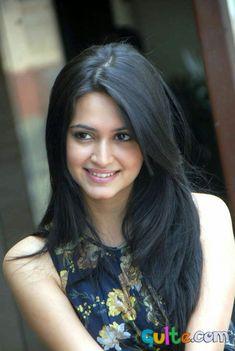 Latest Unseen Hot Sizzling Photoshoot Pics of Kriti Kharbanda - Cinebuzz Beautiful Girl Indian, Most Beautiful Indian Actress, Beautiful Actresses, Beautiful Women, Raw Beauty, Indian Beauty, Kriti Kharbanda, Photoshoot Pics, Exotic Women