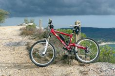 Pedelec goes Mountainbiking. Auch im Geländer kann man sich mit einem elektrischen Zusatzschub versorgen.