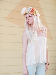 DIY flower crown on my blog today!