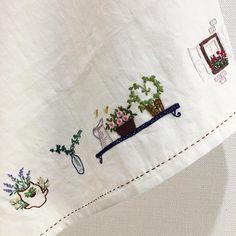 -2016/12/08 월요클래스 수강생의 창문가리개 또다른 하나~ . . . . . By Alley's home #embroidery#knitting#crochet#crossstitch#handmade#homedecor#needlework#antique#vintage#pottery#flower#ribbonembroidery#quilt#프랑스자수#진해프랑스자수#창원프랑스자수#마산프랑스자수#리본자수#꽃자수#창원프랑스자수수업#진해프랑스자수수업#실크리본자수#자수브로치#앨리의프랑스자수#자수소품#손자수#리본자수수업#꽃다발자수#꽃바구니자수#자수가리개