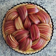 25 super Ideas fruit tart decoration crusts The post 25 super Ideas fruit tart decoration crusts appeared first on Dessert Factory. Pie Recipes, Sweet Recipes, Dessert Recipes, Cooking Recipes, Family Recipes, Just Desserts, Delicious Desserts, Yummy Food, Healthy Desserts