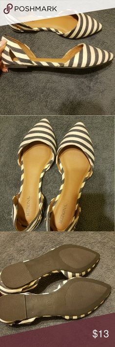 Pointy Flats Brand New size 8 Shoes Flats & Loafers
