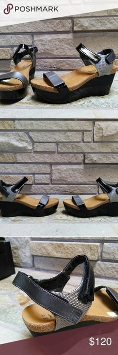 NAOT Miracle platform sandals black patent pewter Gorgeous new NAOT Miracle platform wedge sandals in black patent python pewter. Amazing comfort and style. Size 39. New and never worn. Retail for $179. Naot Shoes Platforms