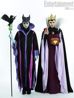 AMAZING Maleficent and the Evil Queen costumes from Comic Con!  sc 1 st  Pinterest & Spooktacular 2010 Costume Contest - Entry #27 | Pinterest | Costumes ...