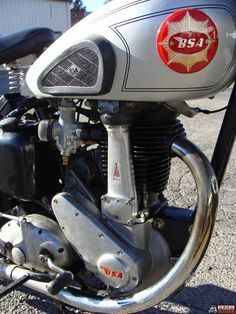 My BSA Winter Project. BSA 250 Single for the Moto-Giro. British Motorcycles, Vintage Motorcycles, Motorcycle Engine, Old Bikes, Cycling Bikes, Pictures Of You, Bulletin Board, Motorbikes