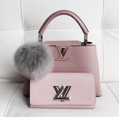 Women Fashion Style New Collection For Louis Vuitton Handbags, LV Bags to Have Baskets Louis Vuitton, Louis Vuitton Bags, Louis Vuitton Monogram, Zapatillas Louis Vuitton, Louis Vuitton Sneakers, Lv Handbags, Fashion Handbags, Fashion Bags, Style Fashion