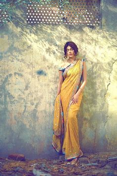 "High Fashion Pakistan — Amnah Maqsood's ""Aura"" Collection, S/S 2015"