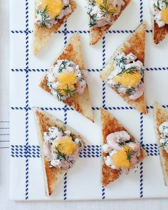 Skagen Toast from Martha Stewart (recipe in English) Rachel Khoo, Fruit Recipes, Appetizer Recipes, Appetizers, Tapas, Nordic Diet, Shrimp Toast, Catering, Martha Stewart Recipes