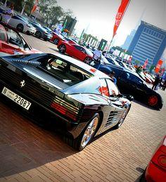 #Dubaigrandeparade #Dubai #Ferrari #Testarossa #UAE #DubaiCars #Bugatti #Veyron #SuperCars