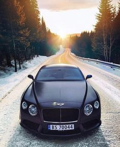 Ideas Luxury Cars Bentley Continental For 2019 Bentley Auto, Black Bentley, Bentley Motors, Luxury Sports Cars, Best Luxury Cars, Sport Cars, Rolls Royce, Koenigsegg, Bentley Continental Gt Convertible