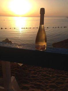 Un vino per palati raffinati, servito in una location d'eccezione. #mullerthurgau #lidocostanza #tenutagorghitondi