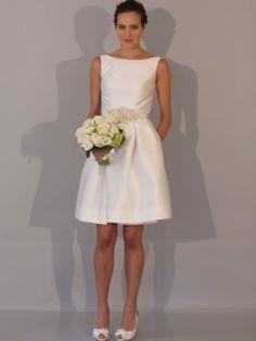 vestido de noiva curto e elegante