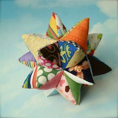 Homemade Modular Star baby toy - this is awesome! Will probably take a lot of patience to make..