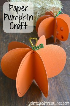 Try making this super easy paper pumpkin craft with your kids this fall! It's no fuss and uses just a few materials. Why not make it today? @alicanwrite
