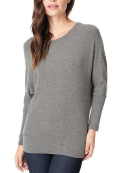cupcakes and cashmere Chey Top in Heather Grey